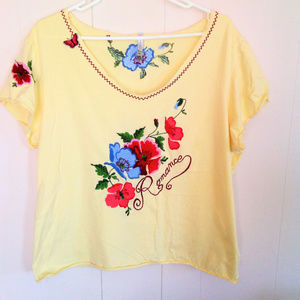 White Stag Yellow Shirt Embroidered Flowers Sz XL